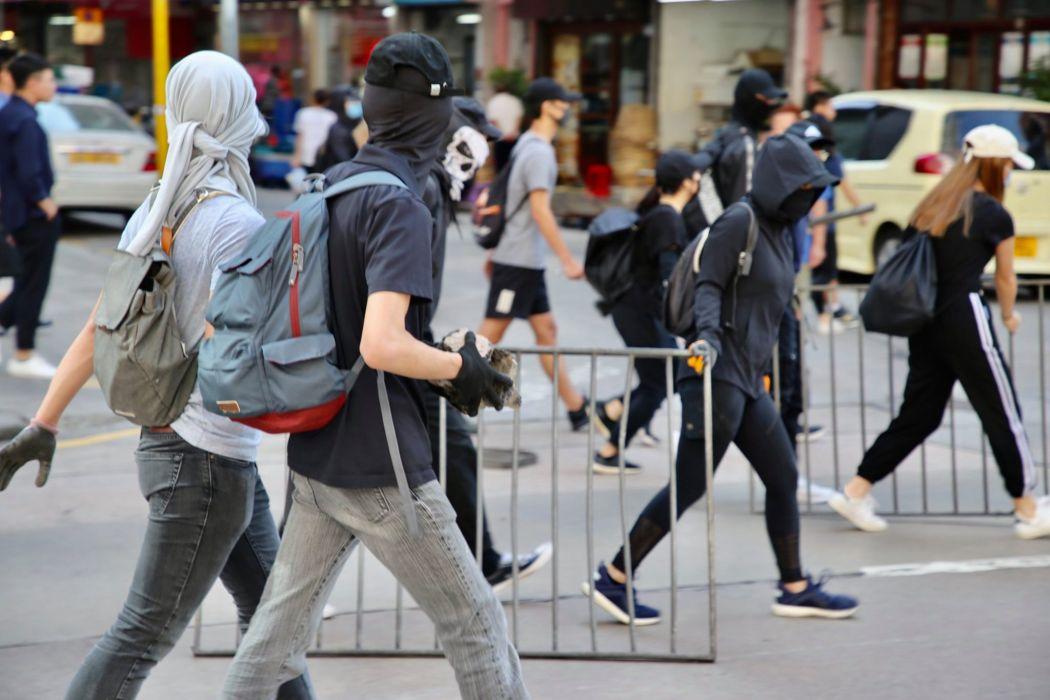 barricade inmedia november 11