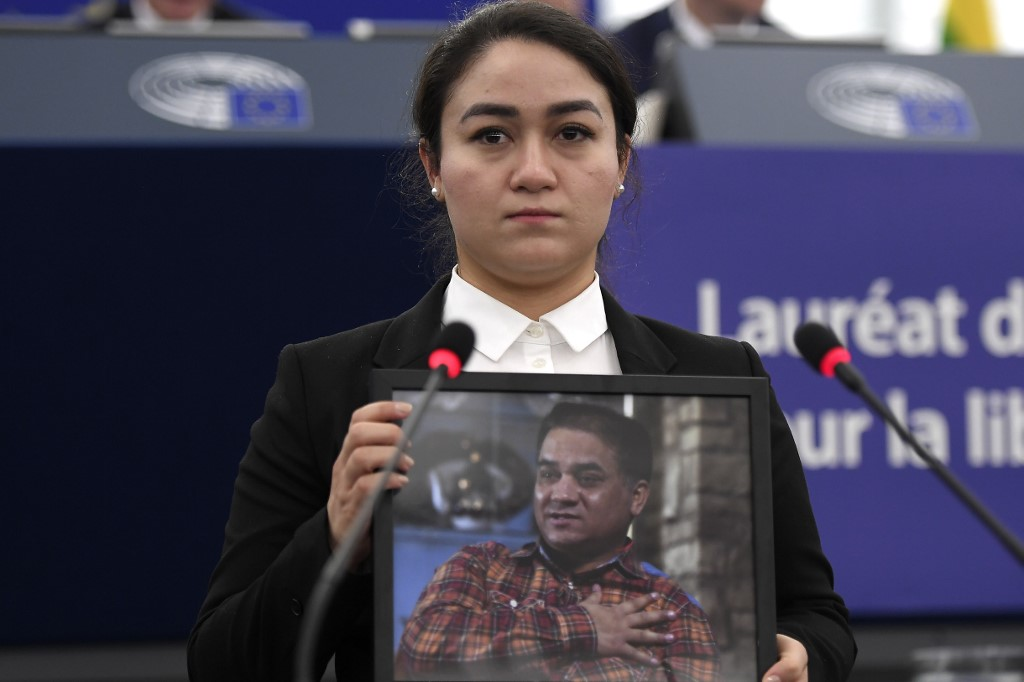 Jailed Uighur Ilham Tohti's daughter accepts EU top rights prize on behalf of father | Hong Kong Free Press HKFP