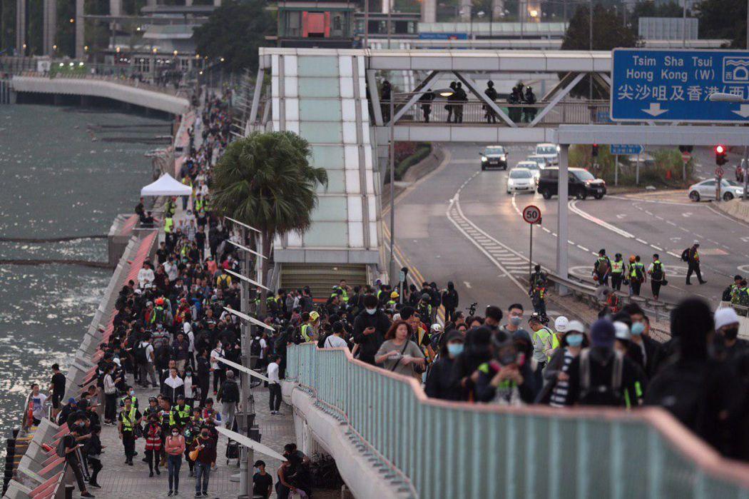 "Hung Hom Tsim Sha Tsui protest China extradition pro-democracy ""December 1"""