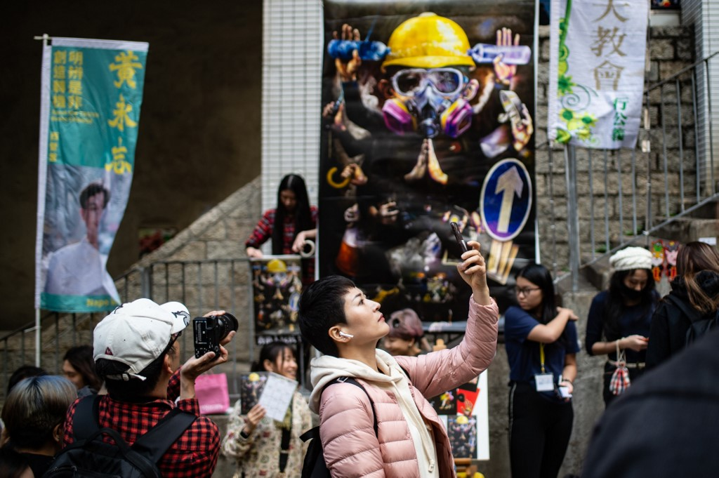 Hong Kong S Lunar New Year Fairs Exhibit Protest Themed Goods