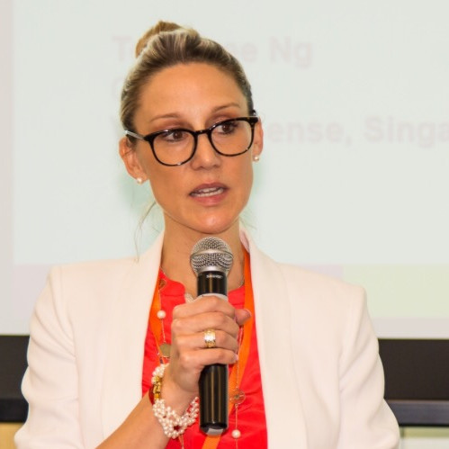 Dr Ariane M. Davison