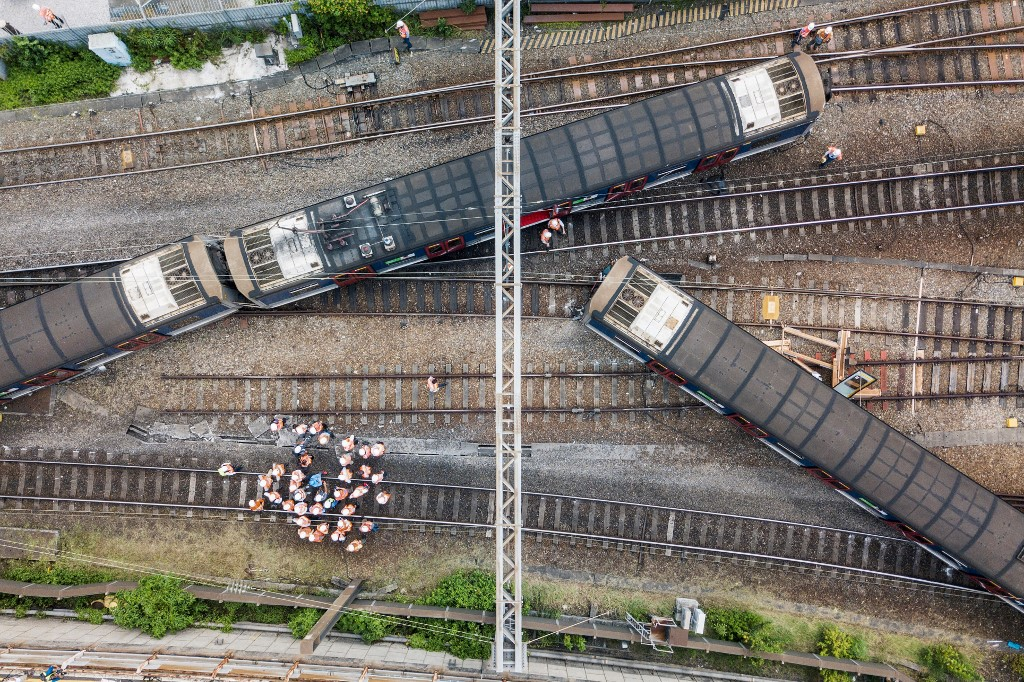 Hung Hom train derailment September 17