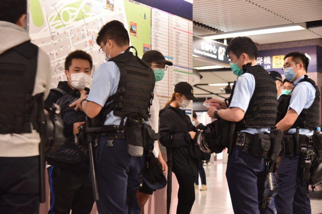 police mtr yuen long march 21