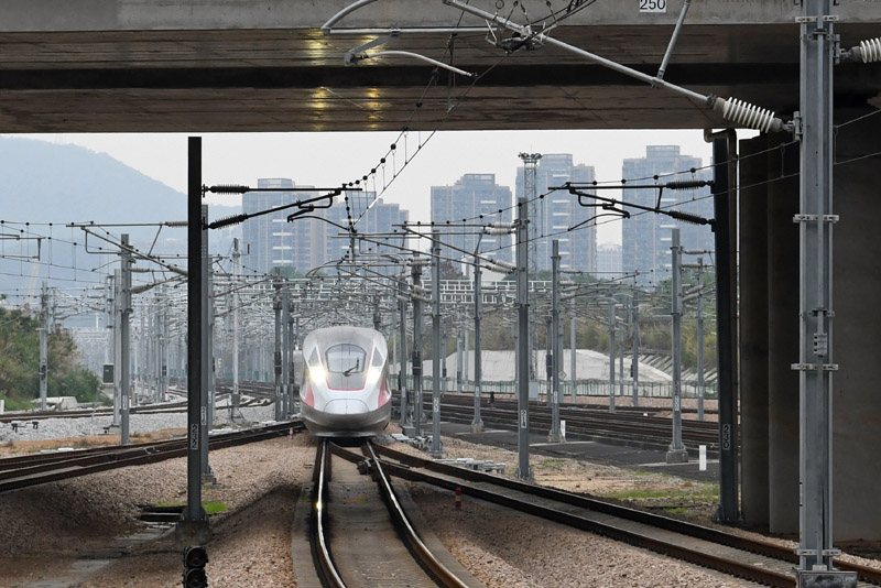 wuhan lockdown over high speed train
