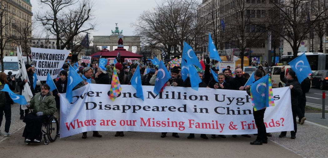 uyghurs protest Berlin