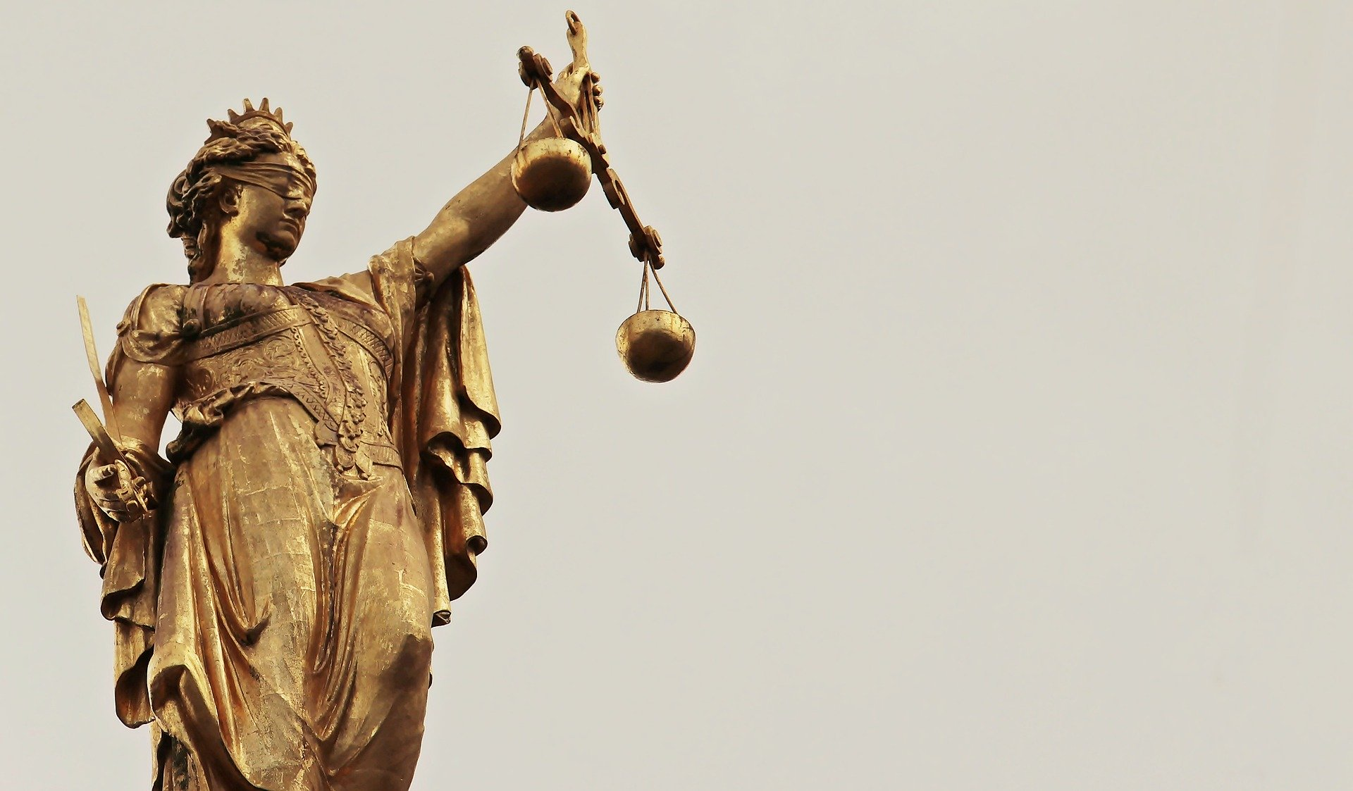 justice court law scales
