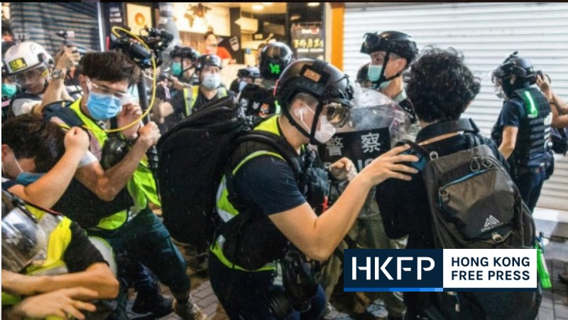 press con journalists