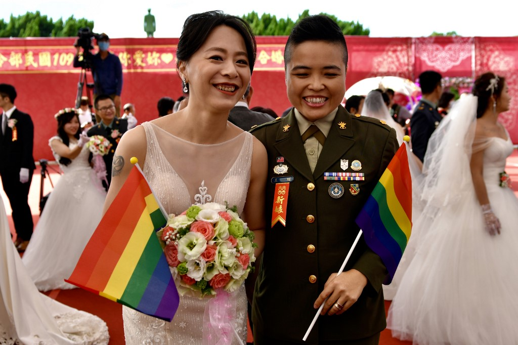 LGBT couple Taiwan