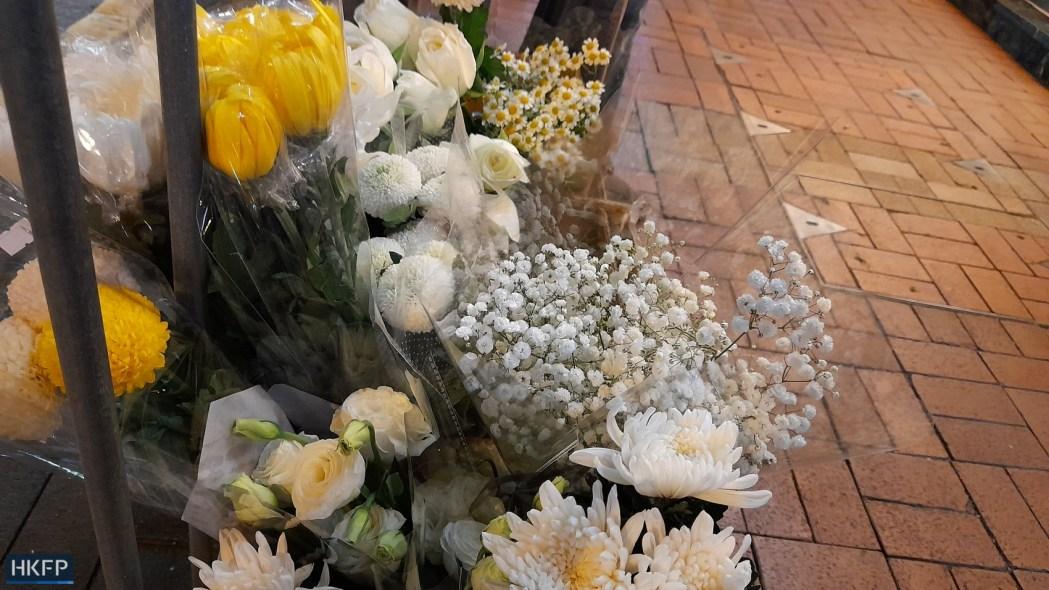 white flowers Prince Edward