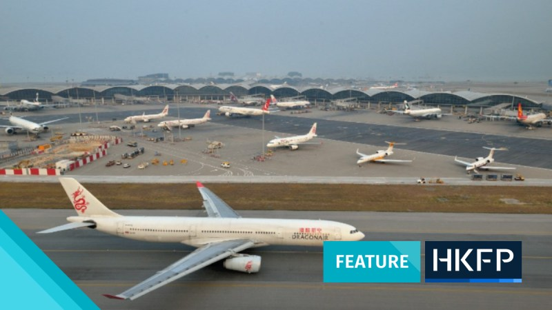 plane HK