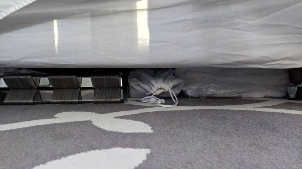 hotel quarantine under bed