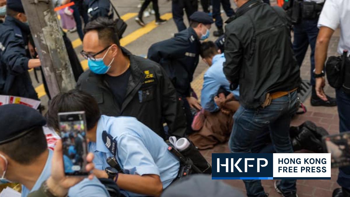 mong kok street booth arrest