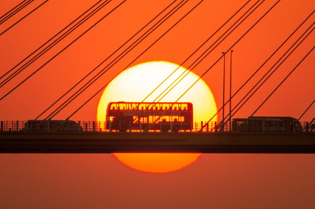 Hong Kong bus sun bridge