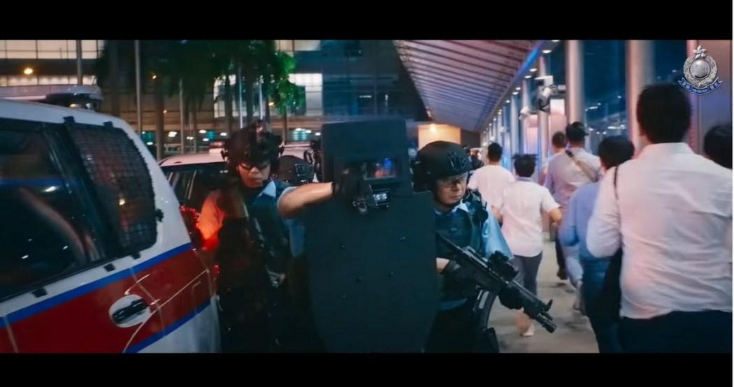 polisi yang menjaga kota kita