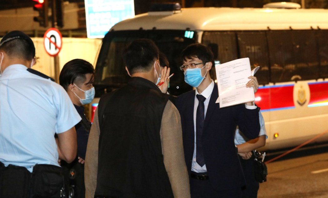 Leo yau defence lawyer arrested at west kowloon magistrates courts