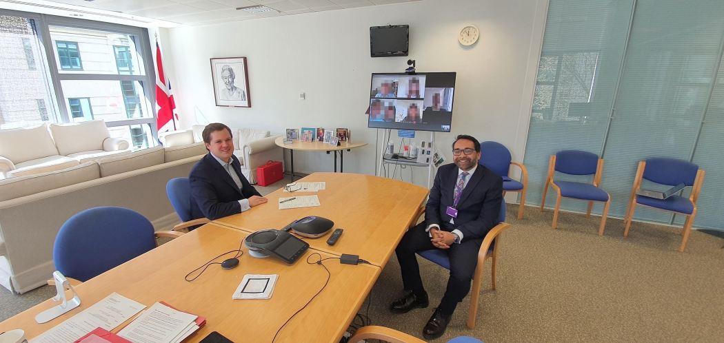 Dr-Krish-Kandiah-meets-with-Robert-Jenrck-MP-and-five-Hong-Kong-families-on-screen