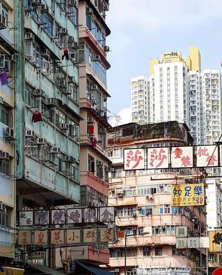 ZoneA Gallery Sham Shui Po District (1)