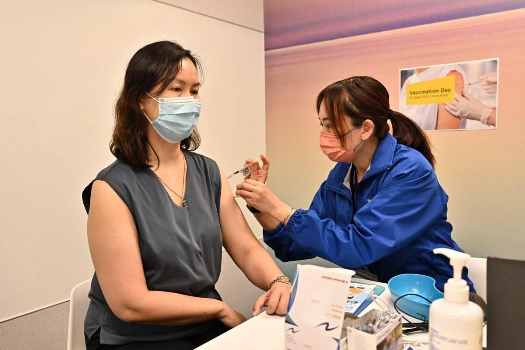 Covid-19 vaccine vaccination coronavirus