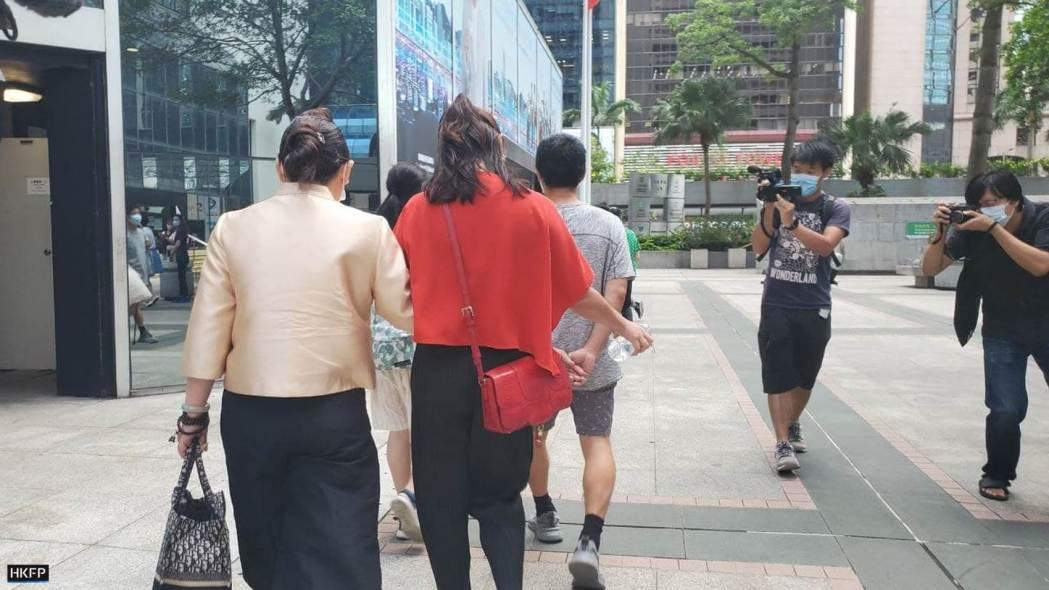 721 Yuen long mob attack white shirts wife of Tang Ying-bun