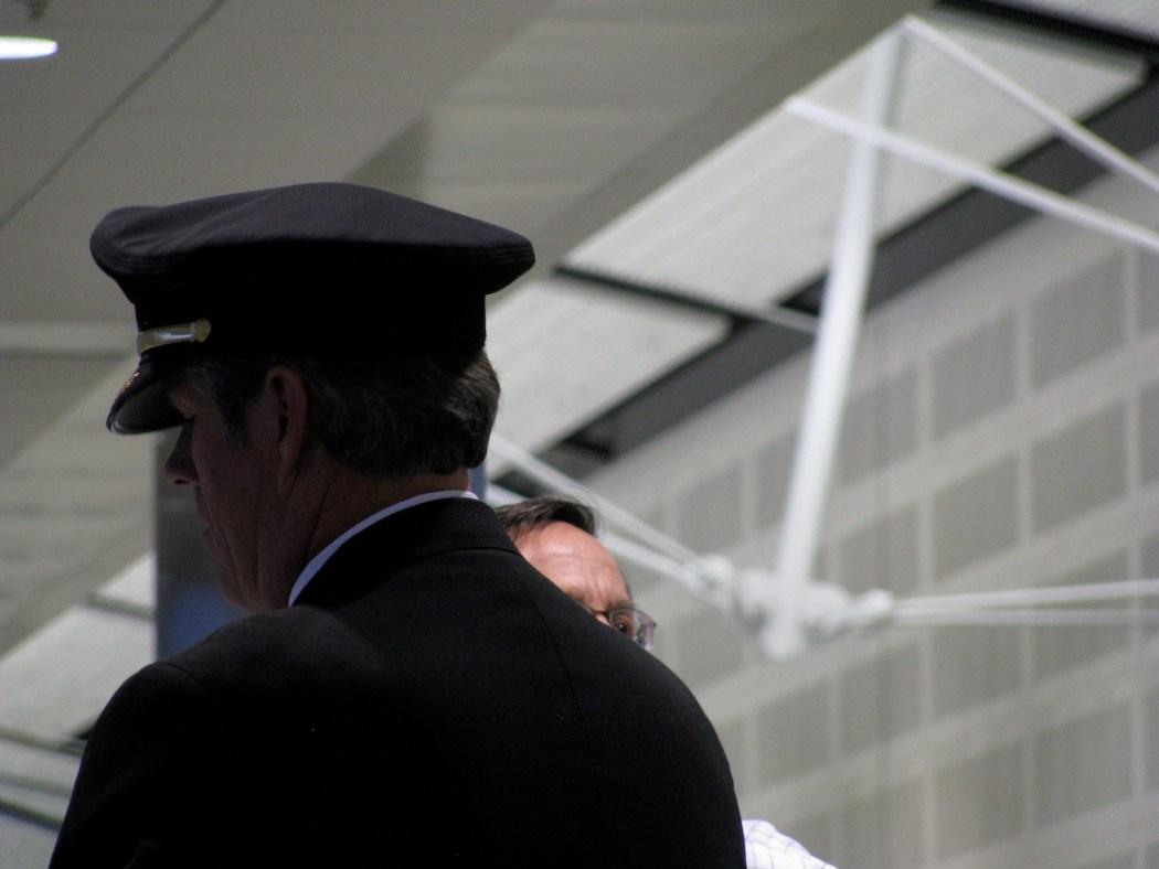 aviation airline air crew pilot flight crew cathay