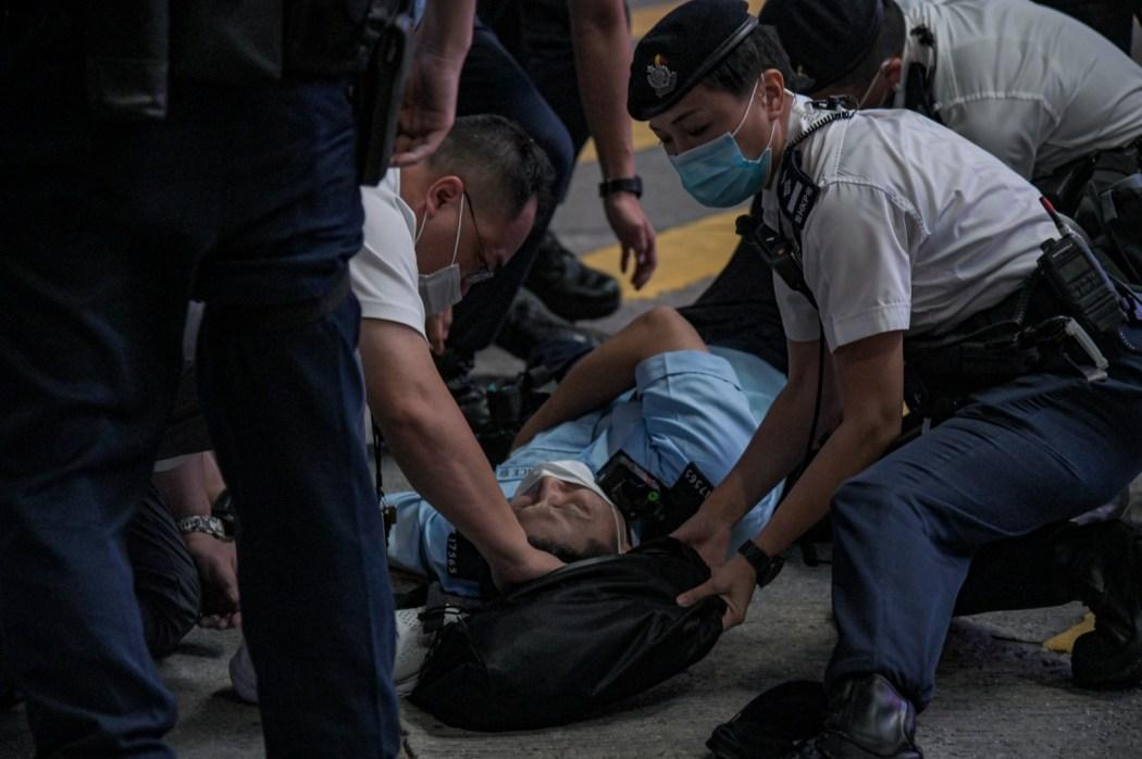 police officer stabbed