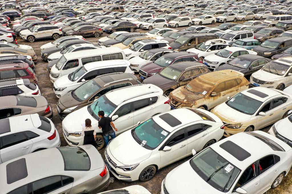 china floods cars
