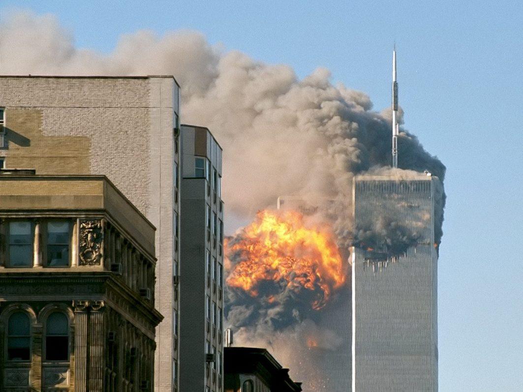 UA Flight 175 911 attacks terrorist attack explosion september 11 2011 new york