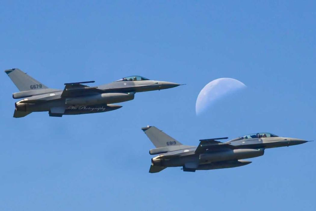 taiwan military air force jets