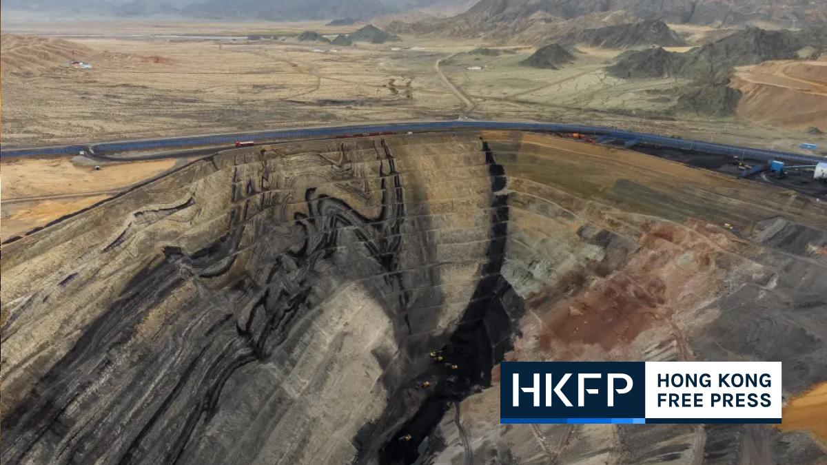 China coalmine featured pic
