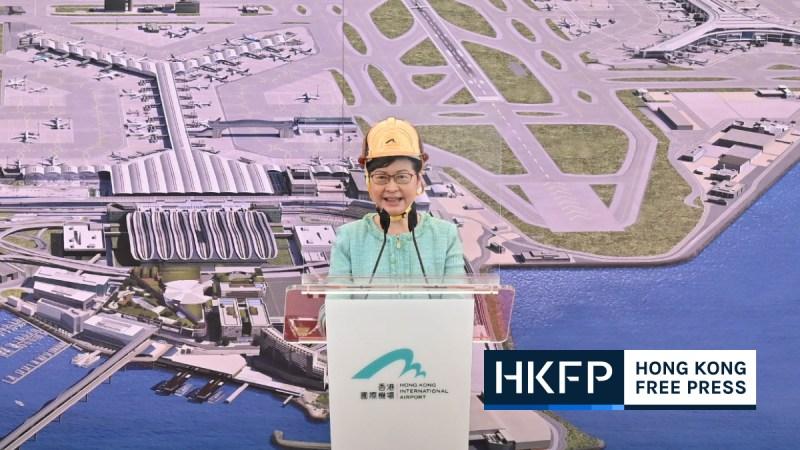 Hong Kong third airport runway completes