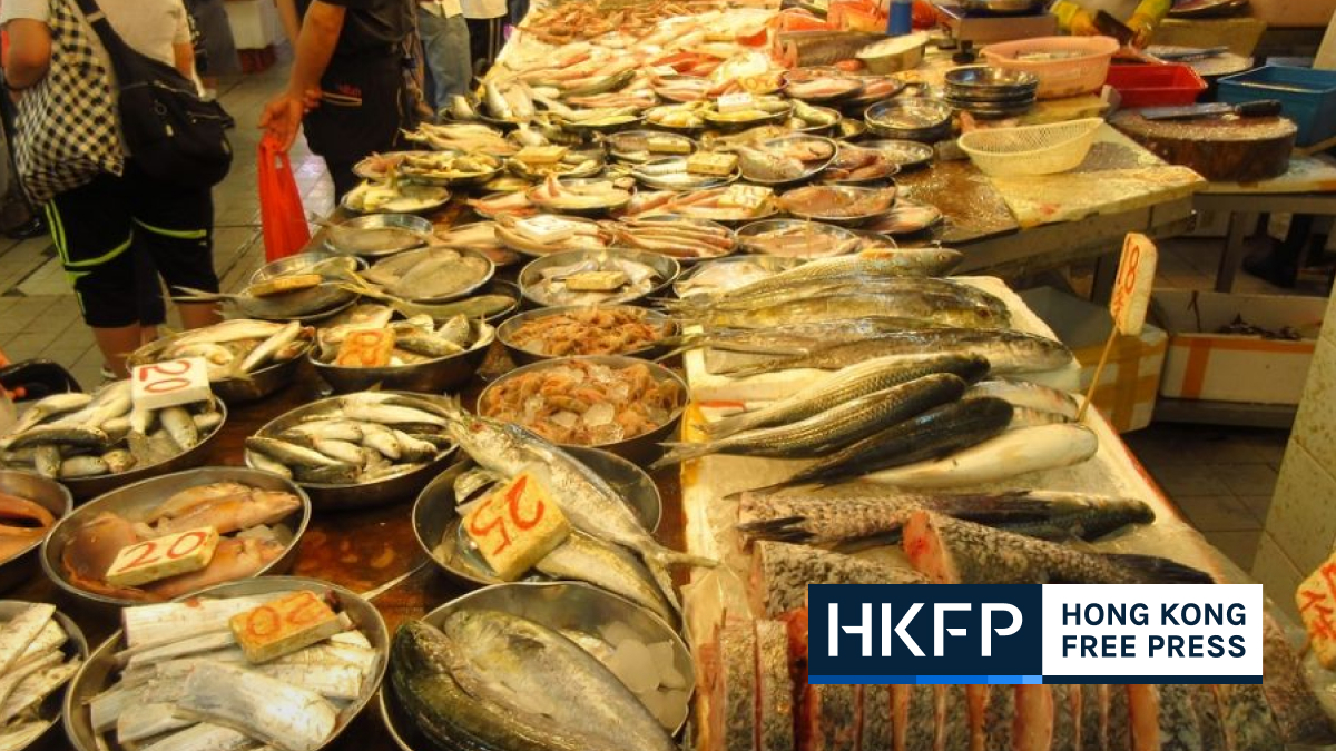 Experts caution Hong Kong market shoppers after 7 died in bacterial outbreak linked to freshwater fish